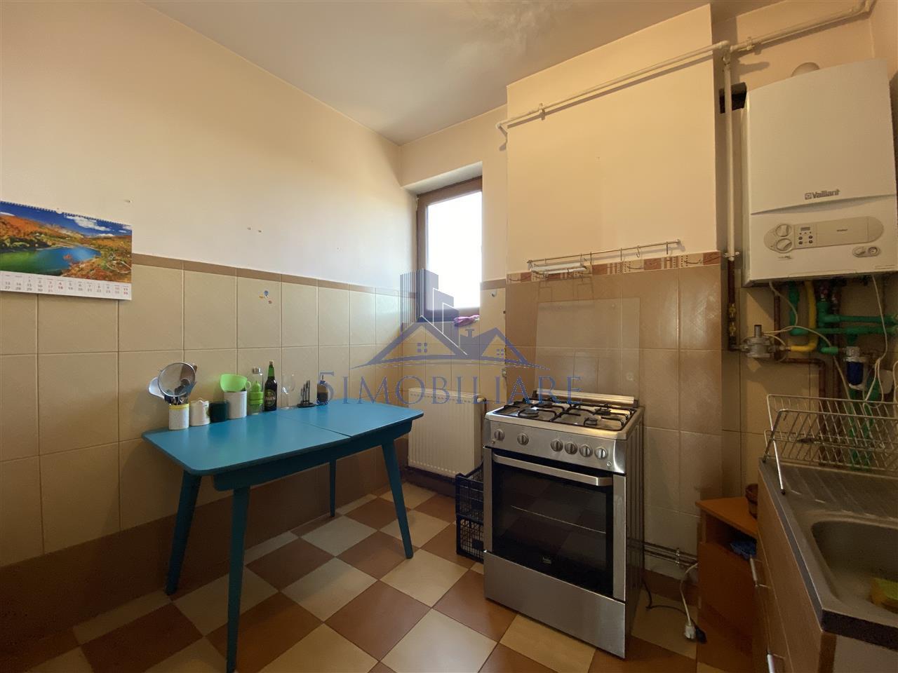Apartament 5 camere zona Dacia