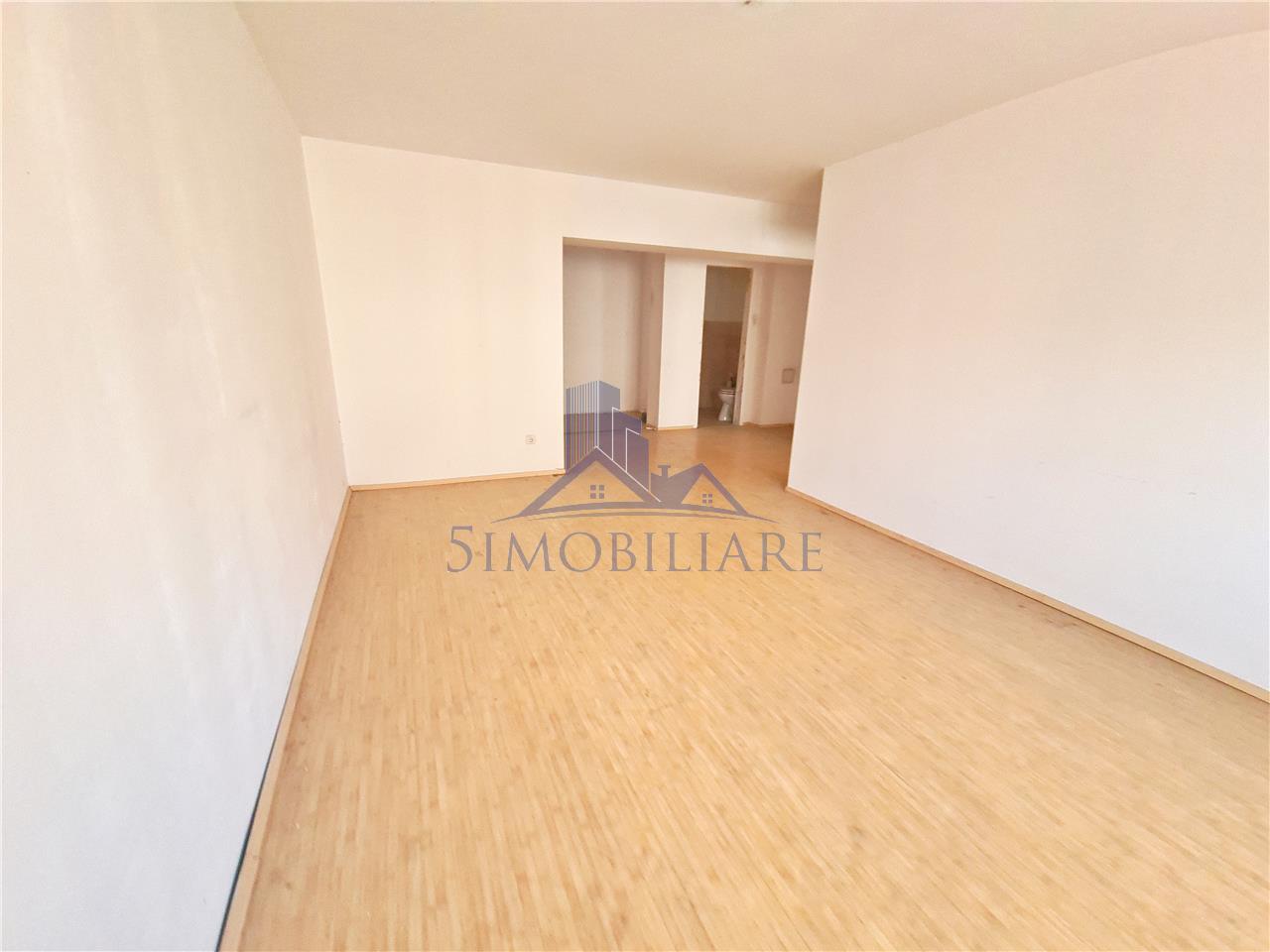 Zona Decebal- apartament 3 camere- Comision 0% . Video atasat