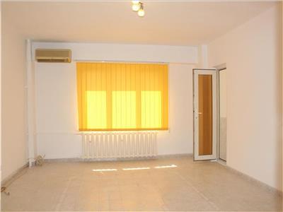 Calea Calarasi- apartament 3 camere de inchiriat