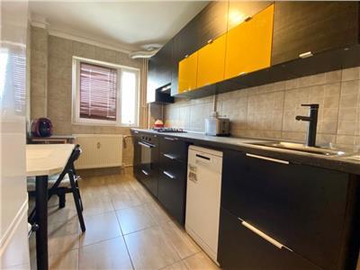 Apartament cu doua camere aflat la PRIMA inchiriere - Video Atasat Comision 0%